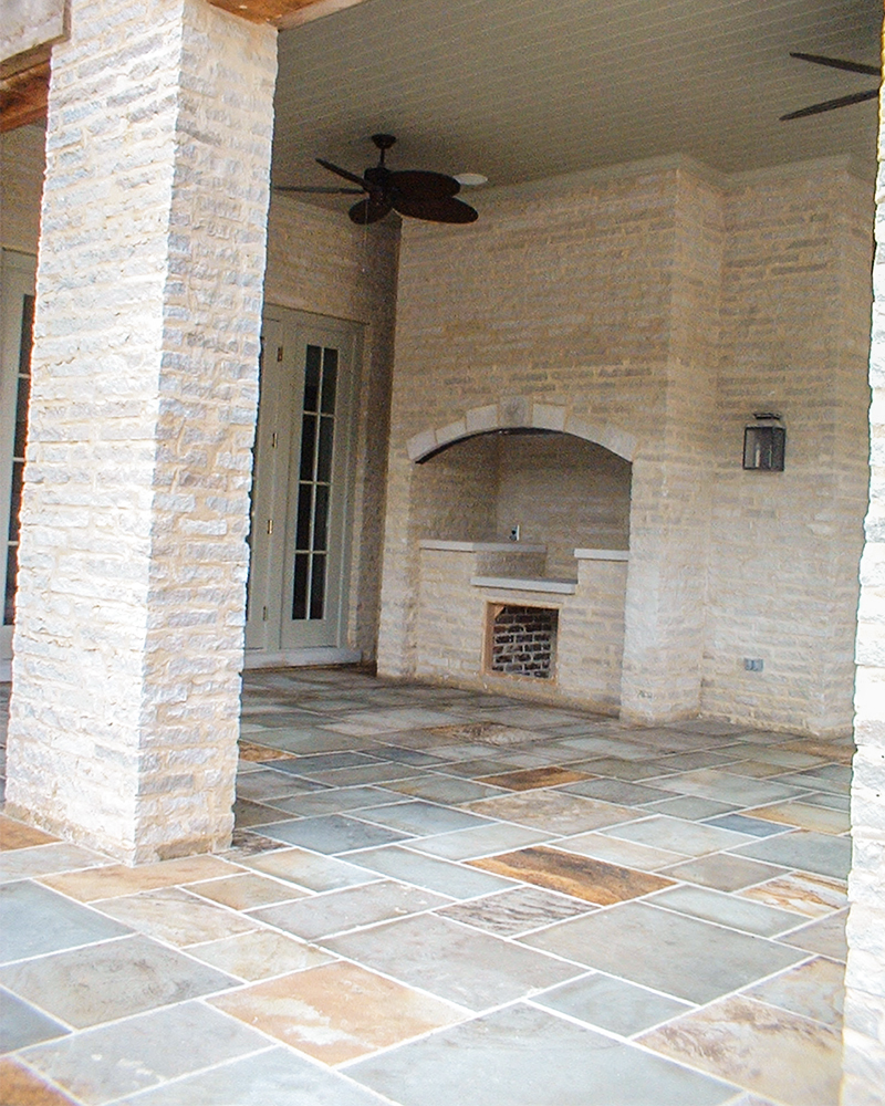 Full Color Natural Cleft Pennsylvania Bluestone Flooring with Splitface Indiana Limestone Veneer