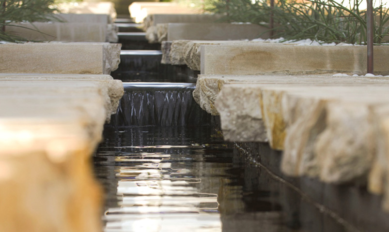 Splitface Edge Limestone Fountain Coping