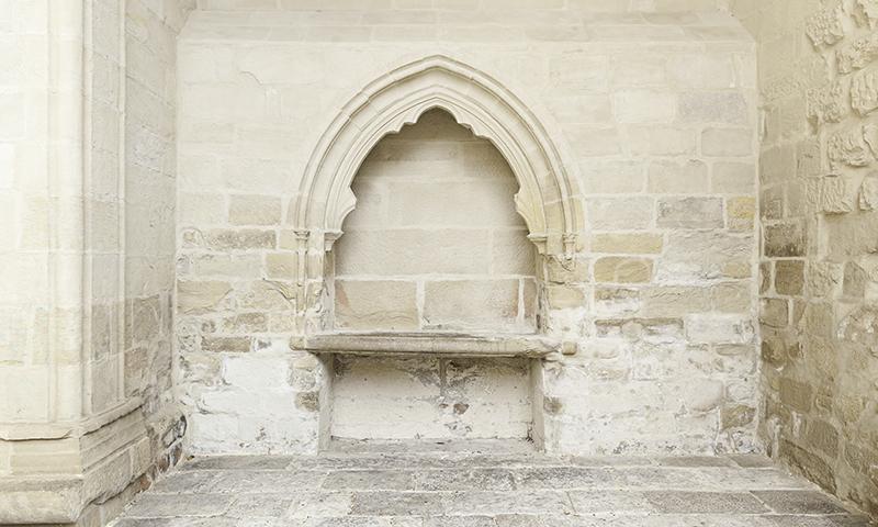 Beignet Limestone Accent Moulding