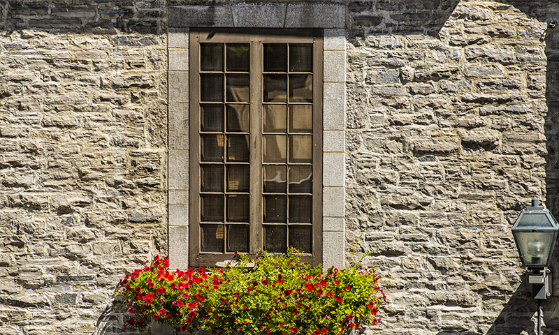 Indiana Limestone Window Surround with Dolomitic Limestone