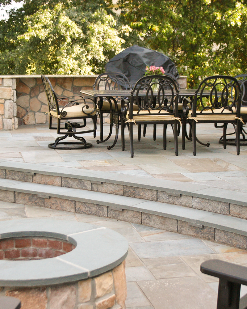 Blue Blue Thermal (Flamed) Finished Pennsylvania Bluestone Step Treads and Firepit Coping