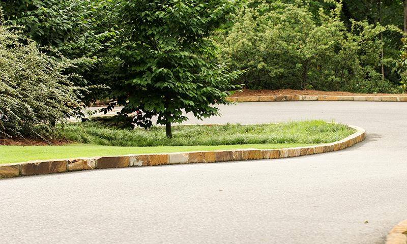 Earthtone Sandstone Driveway Curbing