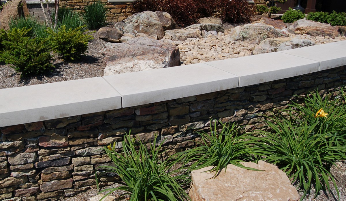 Apexed Indiana Limestone Wall Cap